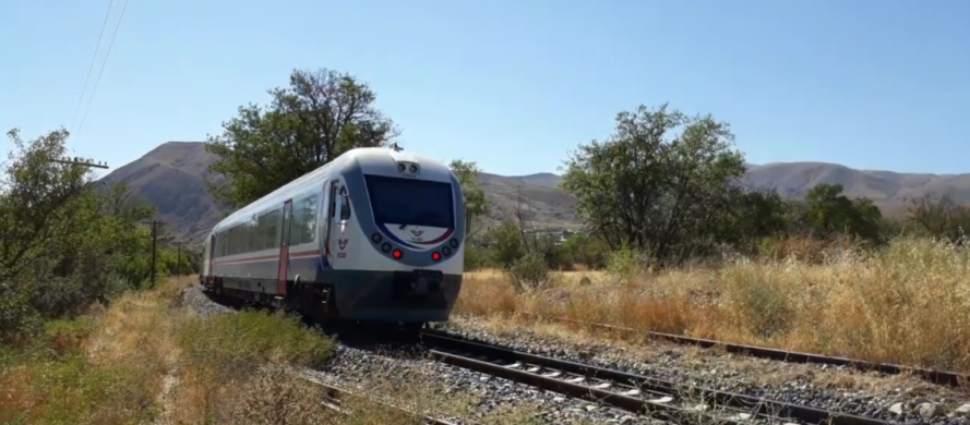 Erzincan Divrigi treni