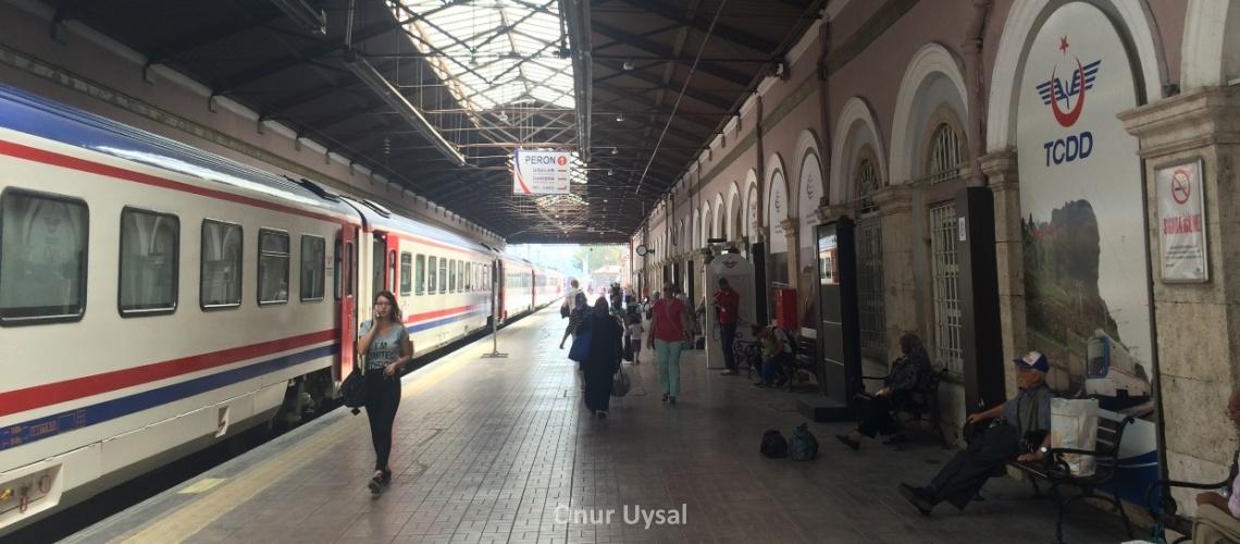Alsancak tren garı