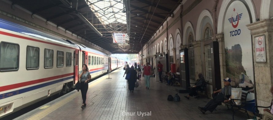 Alsancak train station