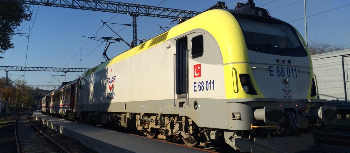 Halkali Uzunkopru train