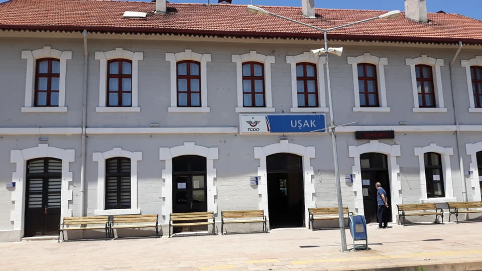 Usak train station